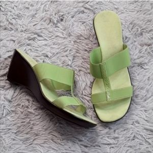 ITALIAN SHOEMAKERS Lime Green Sandals
